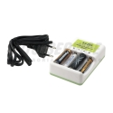 Ładowarka do baterii alkalicznych i akumulatorów AA / AAA
